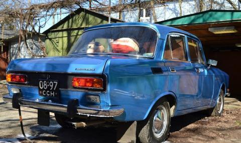 Откриха 40-годишен Москвич в много необичайна конфигурация