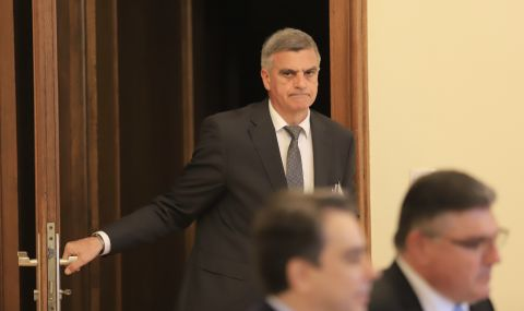 Служебното правителство се събира за редовно заседание - 1