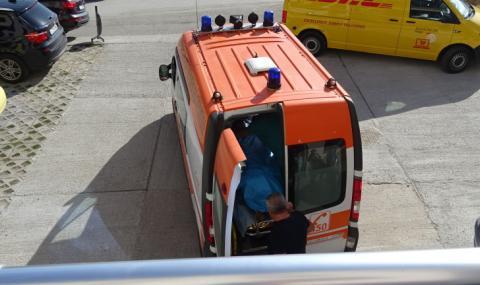 12-годишно момче е паднало от петия етаж в Бургас