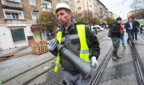 """Строителният надзор със забележки за качеството на ремонта на """"Графа"""""""