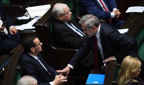 Криза във Варшава! Премиерът изненадващо поиска вот на доверие
