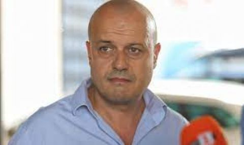 Христо Проданов: Всеки има право да прави партия, да кажат леви ли са или десни - 1