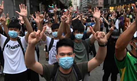 Кардиналът на Хонконг призова за единство