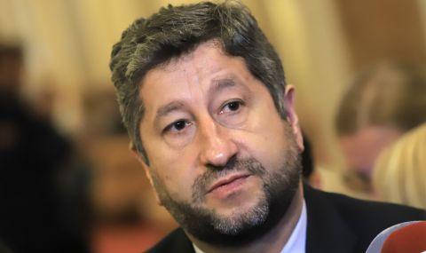 Христо Иванов: Оттеглянето на правосъдния министър не променя позицията ни за проектокабинета - 1