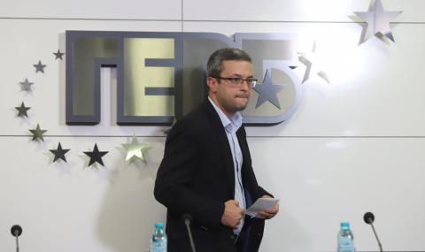 Биков от ГЕРБ: Ако вотът на недоверие мине, кризата ще продължи!