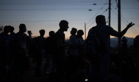 Огнян Минчев пита властта: Ще бъдат ли превърнати Странджа и Рила в бежански лагери?
