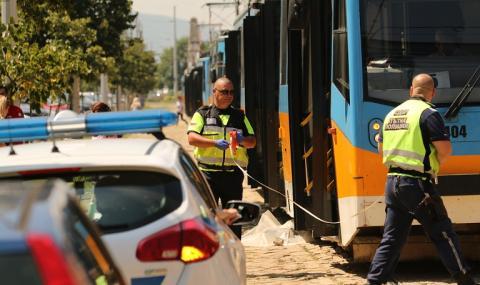 Трамвай уби жена на бул.
