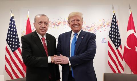 Ердоган отказал да седне на една маса с Тръмп