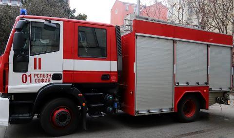 Изгорелият вагон на гара Варна вероятно е запален умишлено  - 1