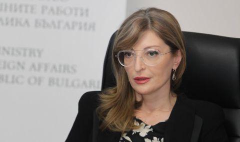 Захариева: Няма юрист, който да отрече, че решението за мораториум е противоконституционно и незаконно