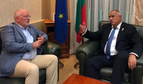 Тимерманс към Борисов: Адмирации за борбата ти с корупцията