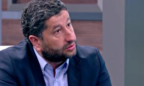 Христо Иванов: Унизително е да наблюдават България като малко дете