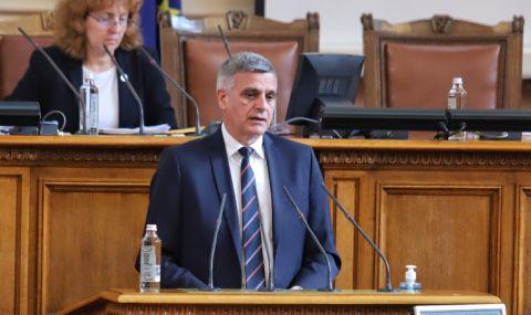 Стефан Янев се извини на лекарите, които са се почувствали засегнати от думите му - 1