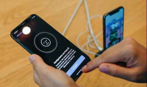 Телефон с лицево разпознаване, дори когато сте с маска