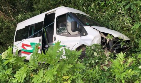 Пострадалите в катастрофата край Ловеч са 12