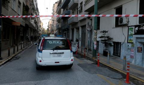 Микробус с мигранти катастрофира в Гърция