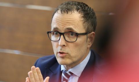 Уволненият директор на ББР: Премиерът е подведен, няма нищо нередно