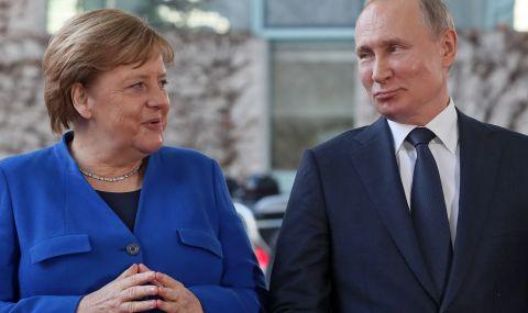 Русия търси помощ: Путин разговаря с Меркел за руската ваксина
