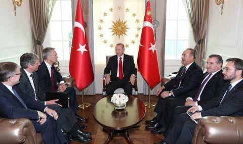 Нов скандал Турция-САЩ! Привикаха спешно посланика в Анкара