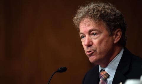 Сенатор нападнат пред Белия дом