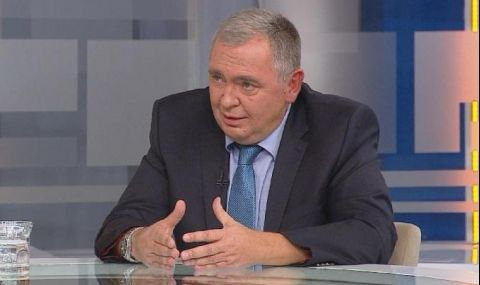 Проф. Георги Михайлов: ГЕРБ катастрофира в две направления