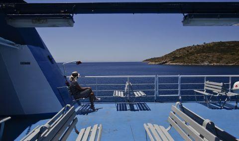 Спират движението на кораби в Гърция