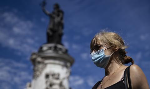 Пандемия: Носенето на маска ще стане задължително в Париж!