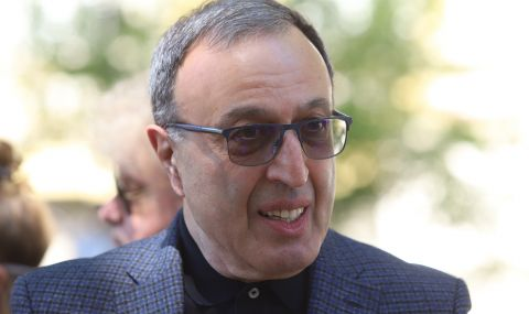 Петър Стоянов: Да е ясно, нито аз съм се предлагал, нито друг ми е предлагал да бъда издигнат за президент - 1