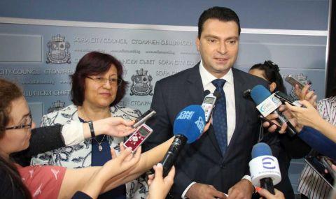 БСП алармира Радев и Янев за