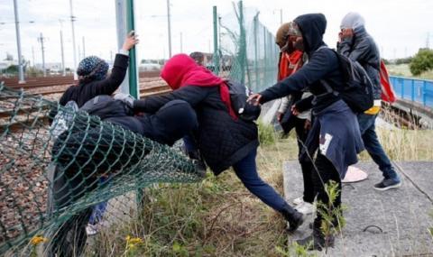 Франция и Великобритания ще обменят информация в борбата срещу трафикантите