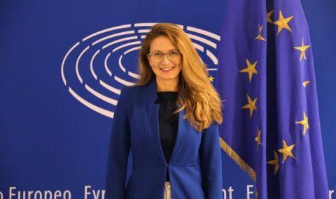 Евродепутатът Цветелина Пенкова: Възстановителният план е огледало на едно немощно управление