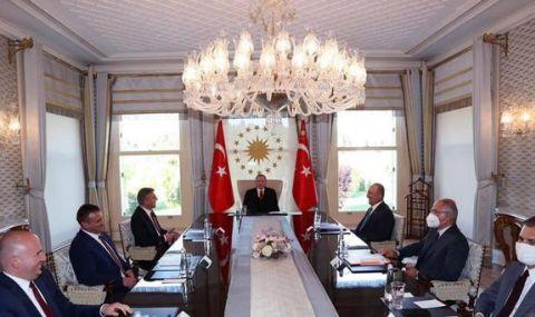 Ердоган прие Карадайъ