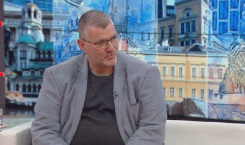 Проф. Георги Момеков: Майка ми се ваксинира с АстраЗенека, спокоен съм за нея