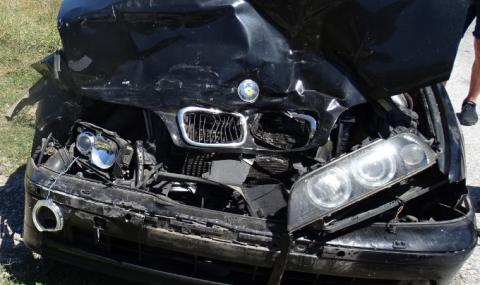 Младеж без книжка загина, преобръщайки се с лек автомобил