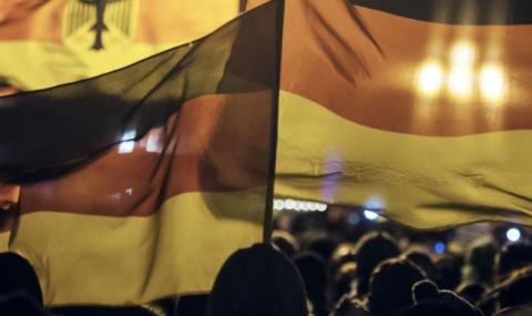 Мащабен протест срещу имигрантите в Дрезден (Видео) - 1