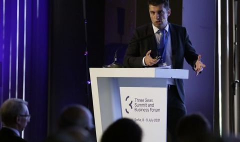 """Кирил Петков: Предлагаме да отворим специален иновационен фонд в рамките на """"Три морета"""
