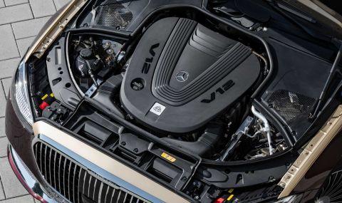 Mercedes се върна към V12 и представи Maybach S680 - 8