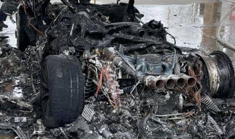 Чисто нов McLaren изгоря на бензиностанция (ВИДЕО) - 2