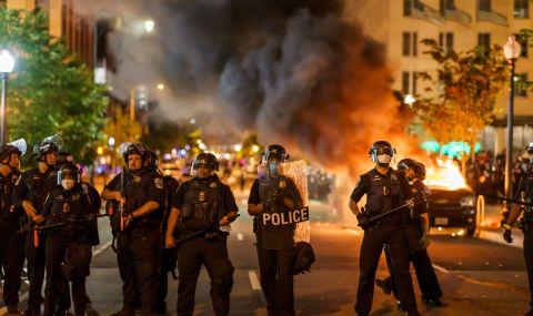 Републикански номера: в САЩ се случва нещо опасно