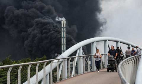 След експлозията в Германия: измерват въздуха за възможни токсини - 1