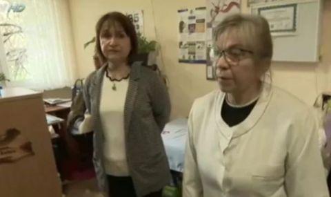 Проговори лекарка, участвала в боя за ваксини пред РЗИ - София