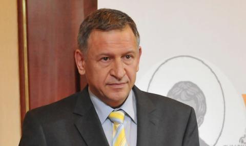 Д-р Стойчо Кацаров: Повечето от реакциите и прогнозите на щаба бяха погрешни
