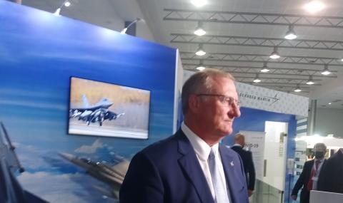 """Вицепрезидентът на """"Локхийд Мартин"""" пред ФАКТИ: Няма още решение България да купи нови 8 изтребителя F16 Block70"""