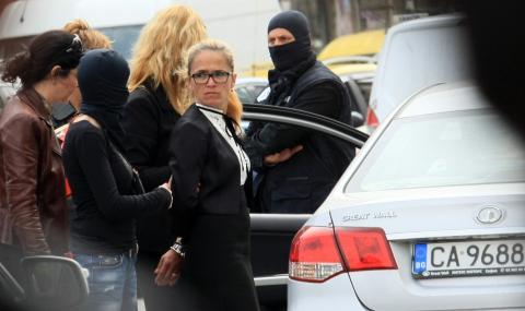 Иванчева: Приятели, моят линч беше предупреждение към вас