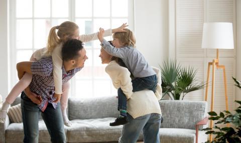Идеи за стимулиращи развитието на децата игри у дома
