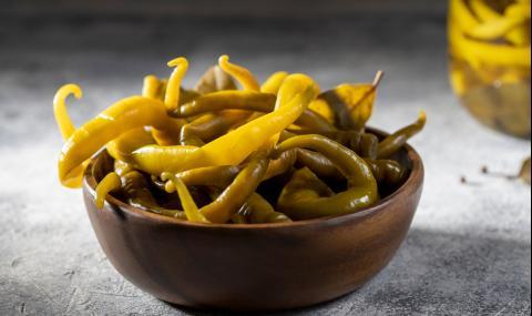 Рецепта на деня: Пукани чорбаджийски чушки