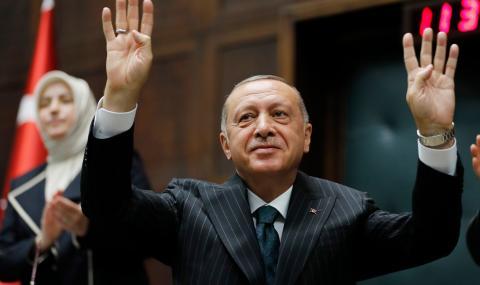 Ердоган обеща да си извади поуки от тежката загуба
