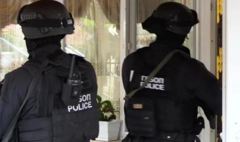 Прокурори и ДАНС влязоха в общинската болница на Раднево