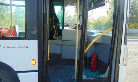 Кондуктор от градския транспорт блудства с ученичка
