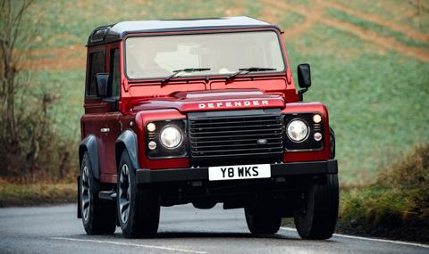 Land Rover връща стария Defender
